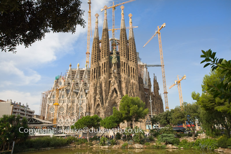 Sagrada Familia Cathedral, Barcelona, Catalonia, Spain
